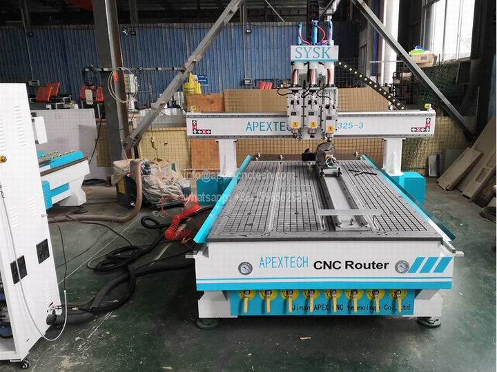 1325 Multi 3 Spindles 4th Axis Woodworking Machinery with Rotary Device