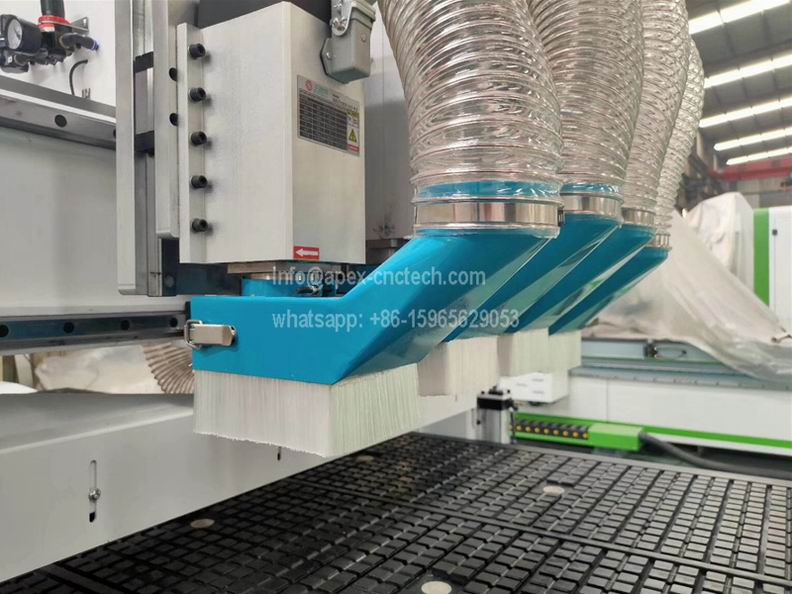 4 Air cooling spindle pneumatic cnc router