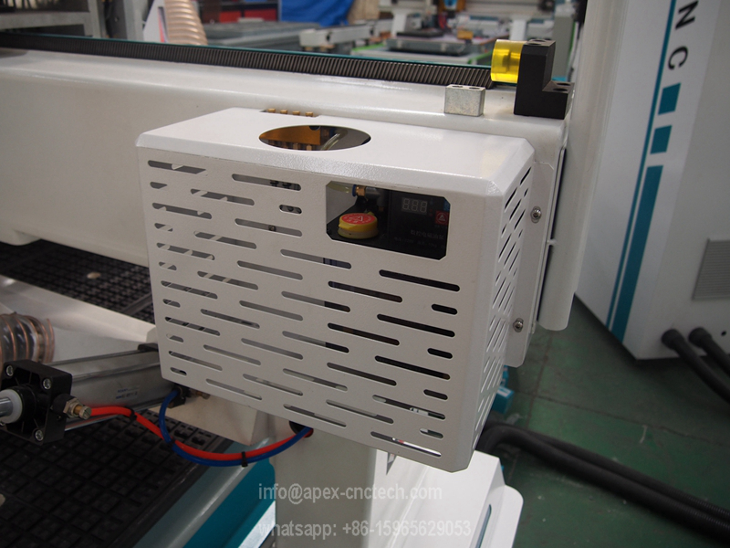 automatic oil lubrication systemof the cnc router made in china